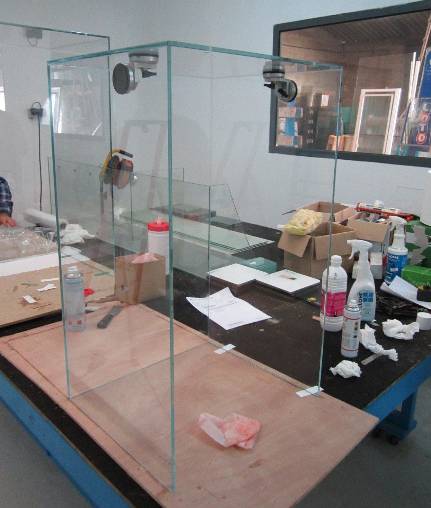 Miroiterie Service Yonnais - Vitrier - création de vitres de protection La Roche sur Yon